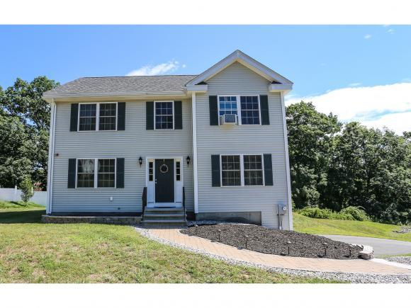 7 Lincoln Ln, Chester, NH 03036