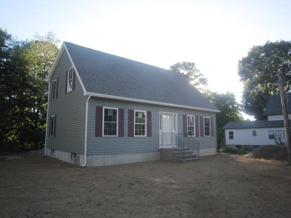 55 Prospect St, Rochester, NH 03867