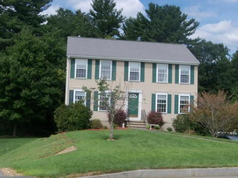 46 Ashley Dr, Manchester, NH 03103