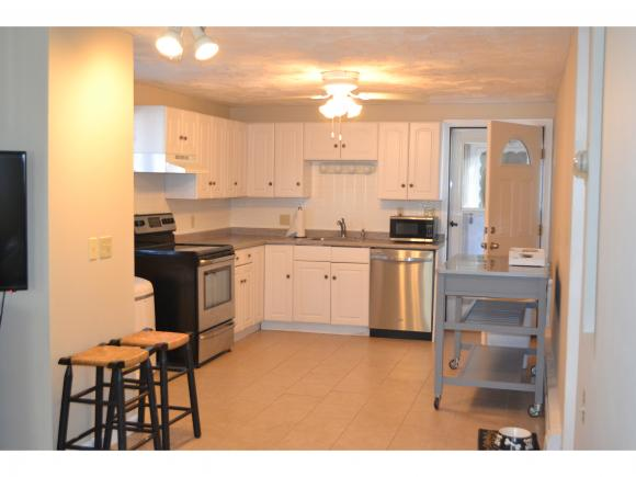 68 Kings Hwy #14, Hampton, NH 03842