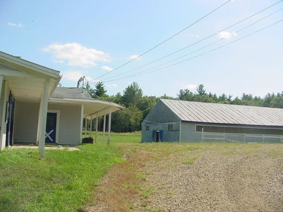 108 Stage Rd, Nottingham, NH 03290