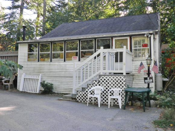 6 Spring Ln, Sandown, NH 03873