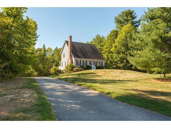 7 Robinson St, Brentwood, NH 03833