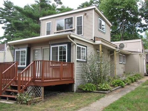 114 W Shore Ave, Manchester, NH 03109