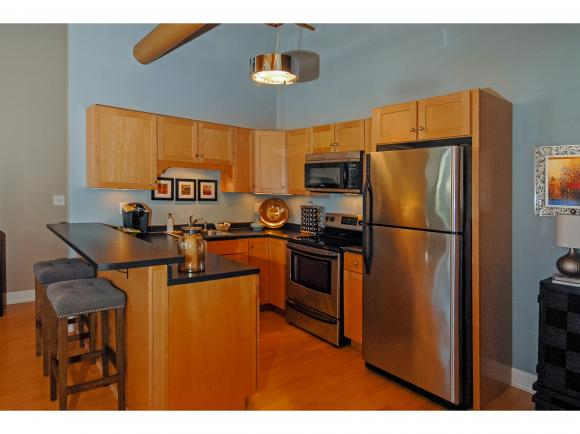 156 Front St #101, Exeter, NH 03833