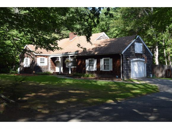 15 Scrabble Rd, Brentwood, NH 03833
