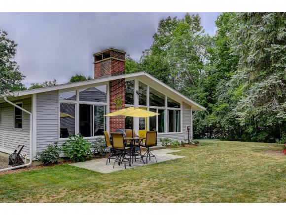 4 Chesley Dr, Durham, NH 03824