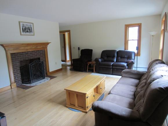 226 Middle Hancock Road, Peterborough, NH 03458