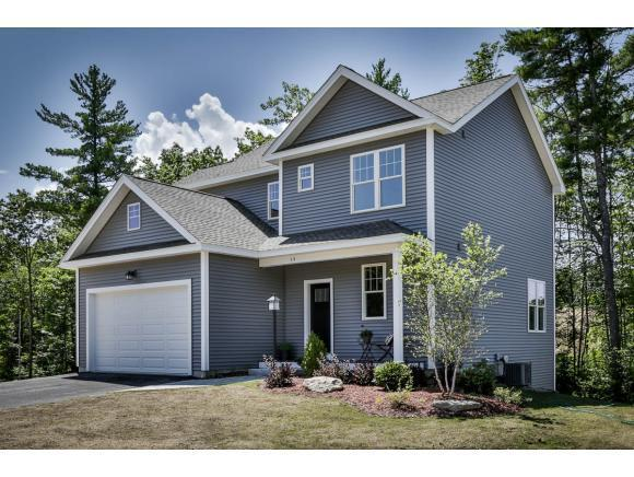18 Crosswoods Path Boulevard, Manchester, NH 03102