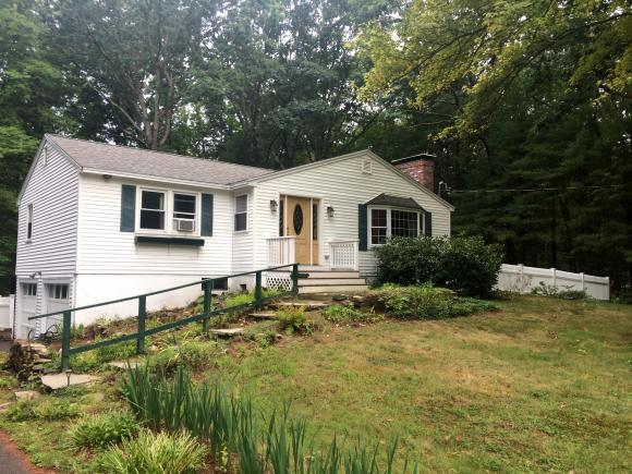 10 Whippoorwill Dr, Newton, NH 03858