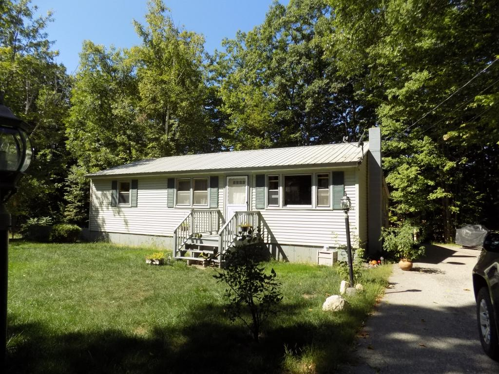 80 Woodland Grove Rd, Conway, NH 03818