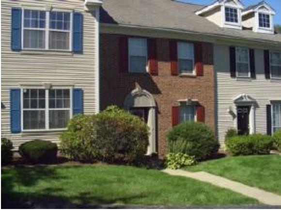 128 Middlesex Rd #128, Merrimack, NH 03054