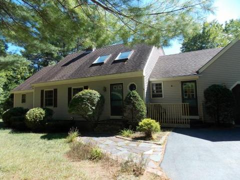 209 Dandiview Rd, North Conway, NH 03860