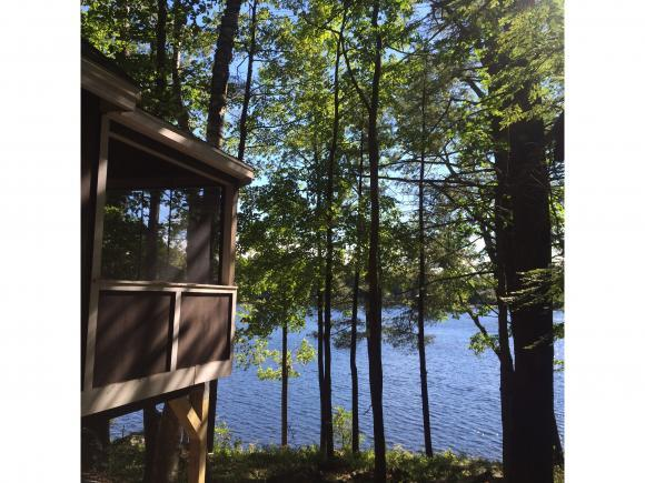 15 Hummingbird Ln, Hillsborough, NH 03244