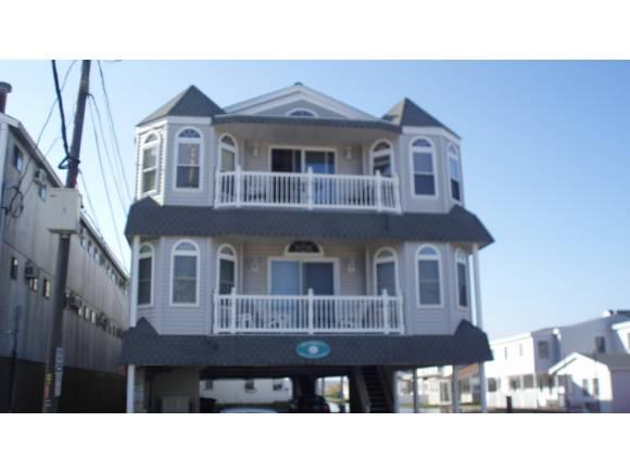 106 Ashworth Ave #9, Hampton, NH 03842