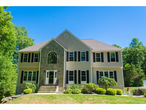 30 Partridge Rd, Windham, NH 03087