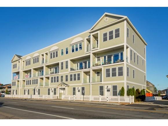 33 Ocean Boulevard Blvd #8, Hampton, NH 03842