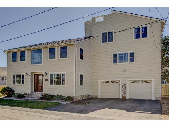 711 Redman Street, Hampton, NH 03842