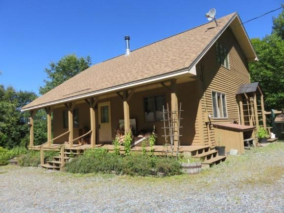 126 Tuttle Hill Rd, Canaan, NH 03741
