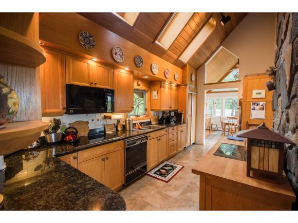 211 Prospect Hill Rd, Canaan, NH 03741