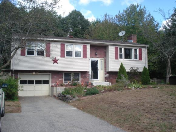 32 Chatham Cir, Salem, NH 03079