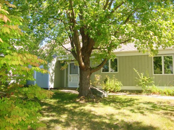 99 Hilltop Pl #99, New London, NH 03257