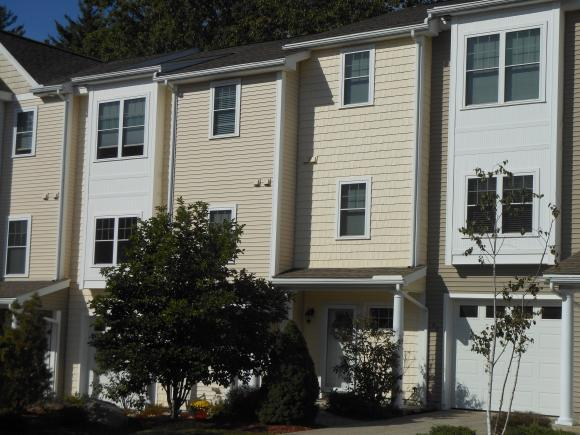 63 Woodview Way, Manchester, NH 03102