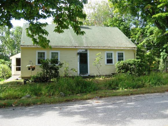 204 Meaderboro Rd, Farmington, NH 03835