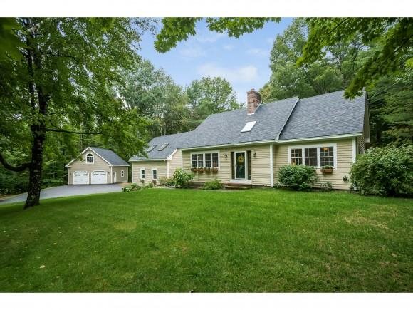 11 Maplewood Dr, Wolfeboro, NH 03894