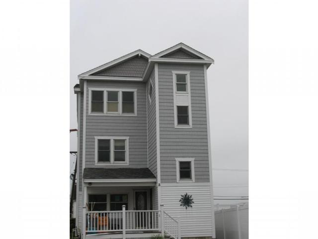 3 Red Coat Ln, Hampton, NH 03842