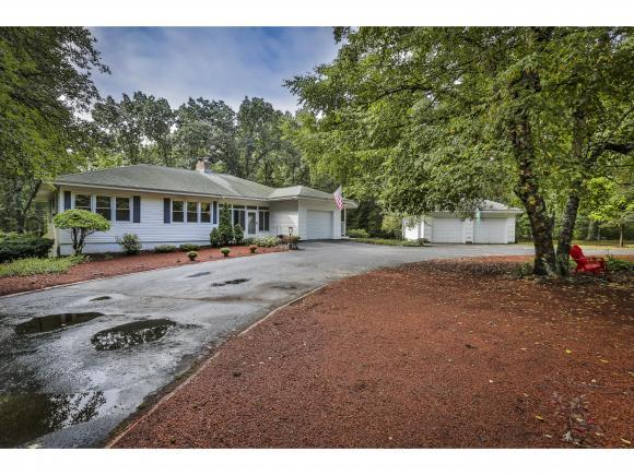 11 Griffin Rd, Hudson, NH 03051