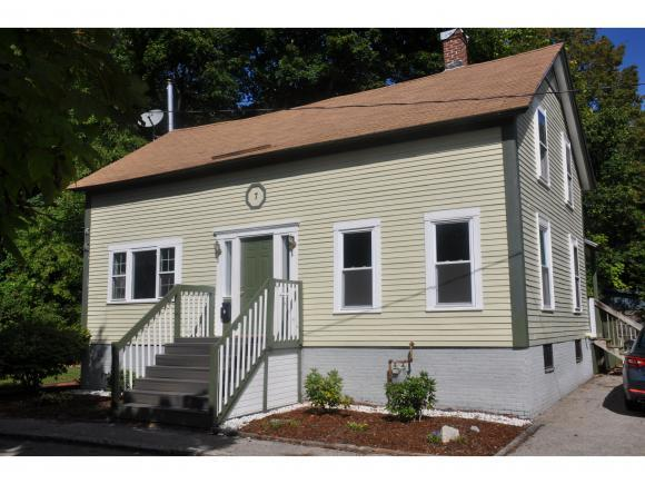 7 Redwood Ave, Concord, NH 03301