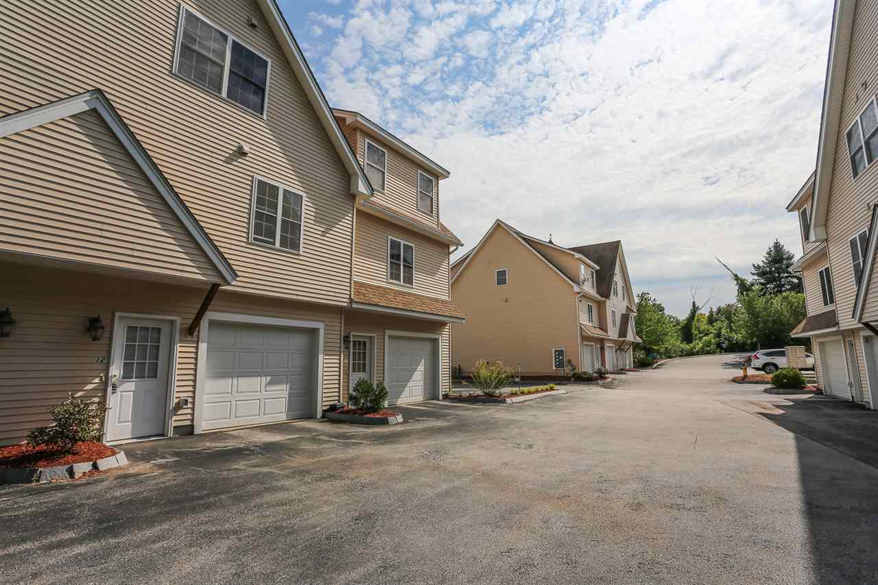 721 Mammoth Road #12, Manchester, NH 03104