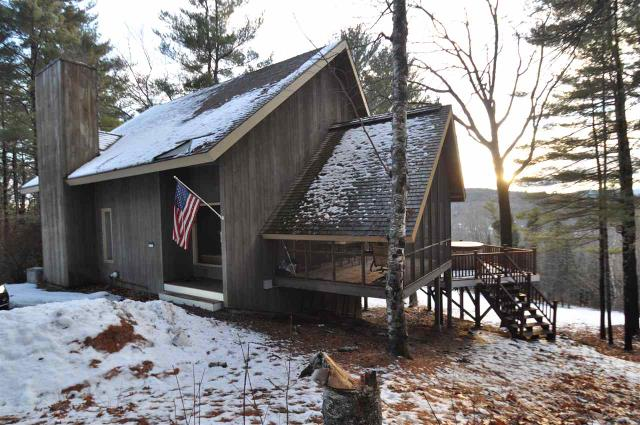 105 Meetinghouse Hill Rd, Sutton, NH 03273