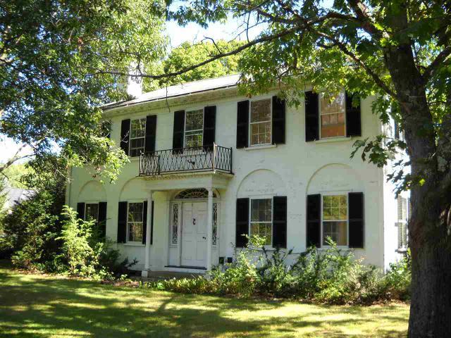 17 Wheeler House Dr, Orford, NH 03777
