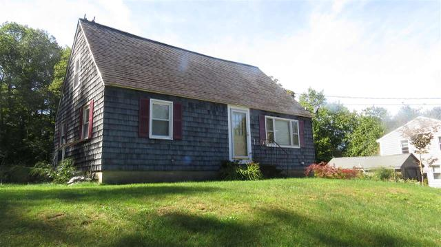 5 Farrington Ave, Plaistow, NH 03865