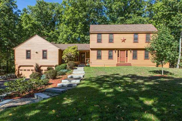 20 Freedom Hill Rd, Hampstead, NH 03841