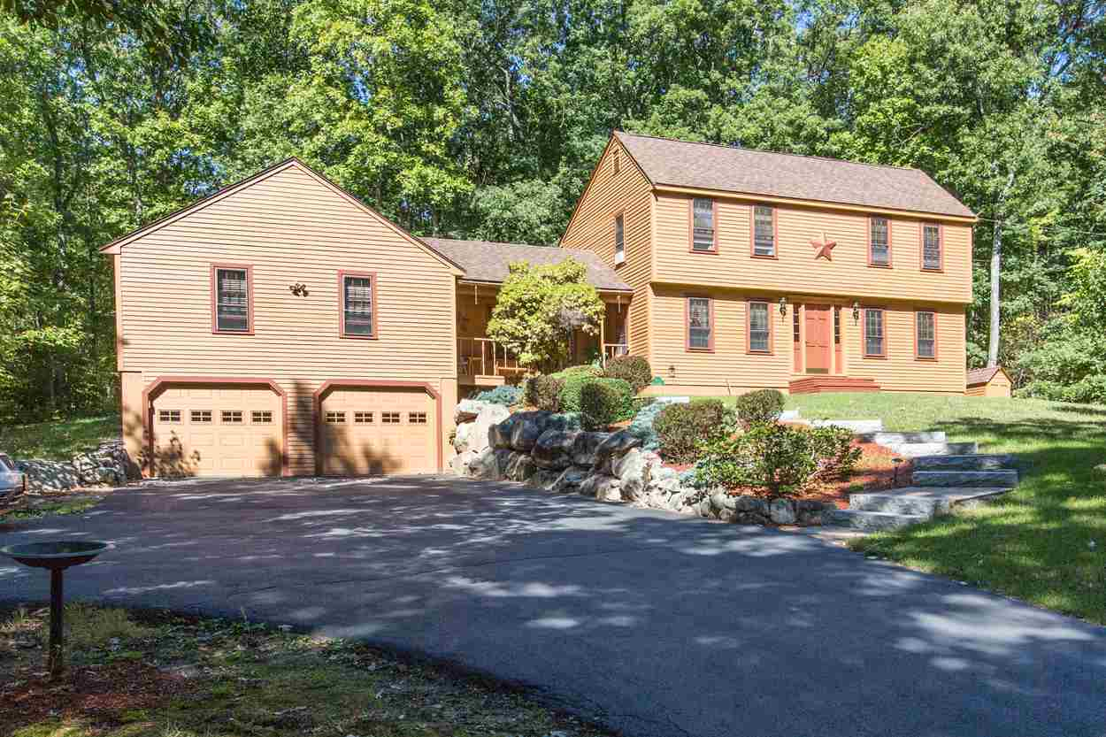 20 Freedom Hill Road, Hampstead, NH 03841