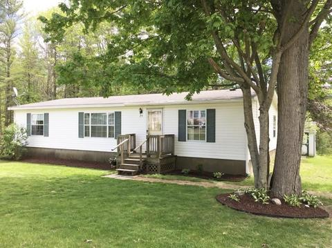 25 Mccusker, Claremont, NH 03743