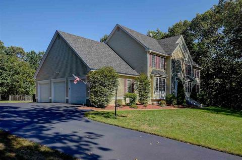17 Settlers Ridge Rd, Windham, NH 03087