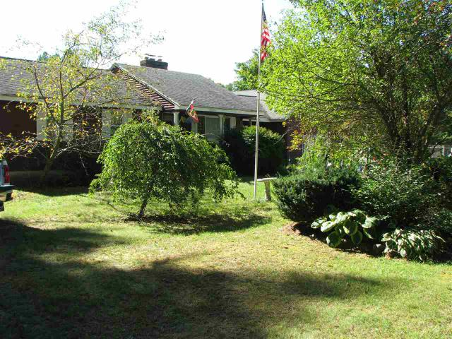 55 Goodell Ave, Swanzey, NH 03446