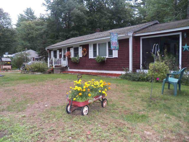 16 Pinecrest Ln, Deerfield, NH 03037