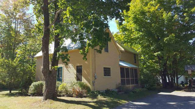 20 Cross St, North Conway, NH 03860
