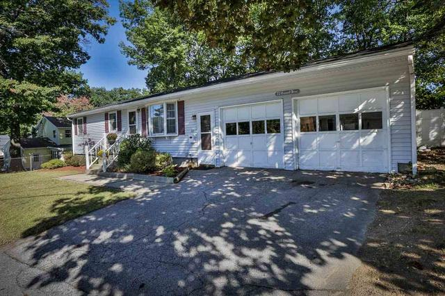 22 Cranwell Dr, Manchester, NH 03109