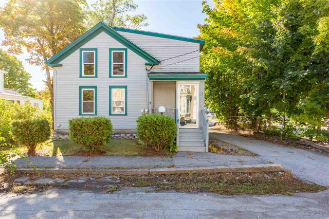 13 Pleasant St, Rochester, NH 03867