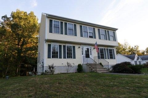 38 Drew Woods Dr, Derry, NH 03038