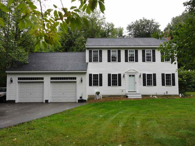 16 Clydesdale Dr, Danville, NH 03819