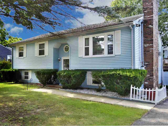 3916 Brown Ave, Manchester, NH 03103