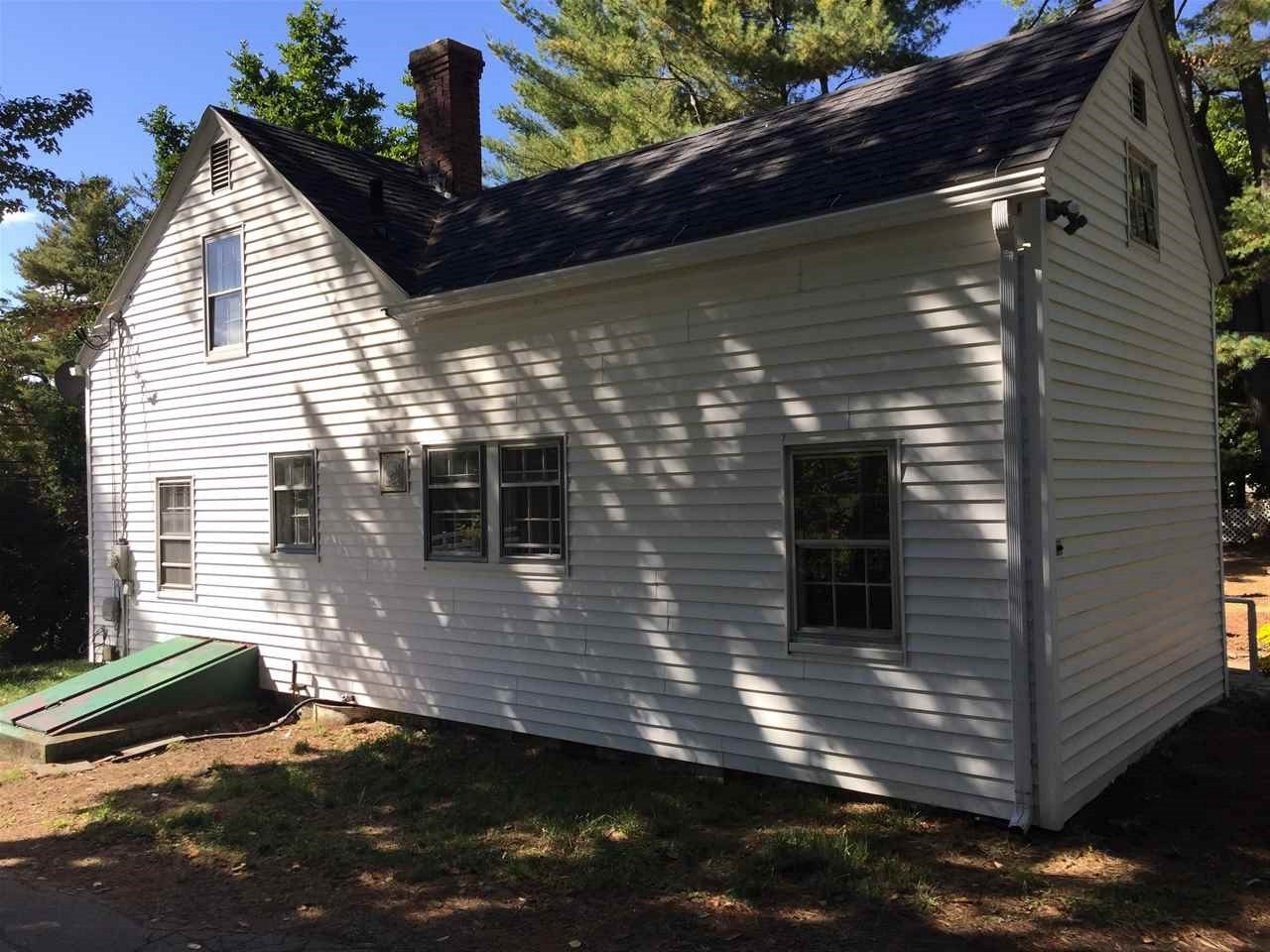 1686 Dover Road, Epsom, NH 03234