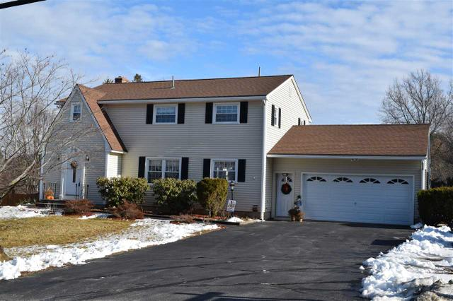 238 E Dunstable Rd, Nashua, NH 03062
